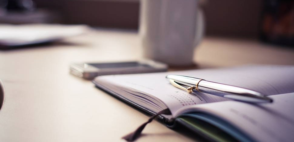 photo-silver-pen-diary